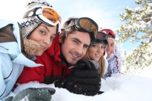 Com cuidar els ulls a la neu: ulleres d'esport