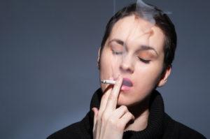 Com afecta el tabac a la nostra salut visual?